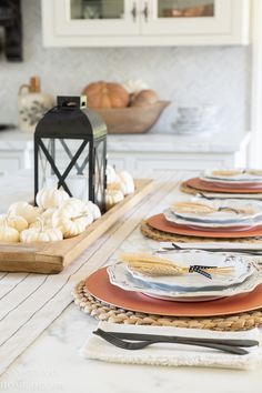 Warm and cozy fall decorating ideas and tips. Tour our farmhouse cottage filled with fall decor that evokes the feeling of the season. Modern Farmhouse Design, Farmhouse Style Decorating, Vintage Farmhouse, Fall Home Decor, Autumn Home, Potted Mums, Fall Fireplace, Faux Pumpkins, Simple Centerpieces