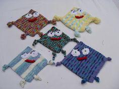 Huggaluf lovies pattern by Stana D.Sortor – Knitting patterns, knitting designs, knitting for beginners. Animal Knitting Patterns, Knitting Designs, Knitting Projects, Crochet Projects, Crochet Patterns, Crochet Ideas, Free Knitting, Baby Knitting, Crochet Baby