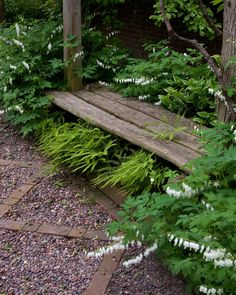 The Walled Garden at Little Orchard::Craig Bergmann, Craig Bergmann Landscape Design, Inc::photo by Linda Oyama Bryan