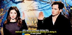 Into the Woods Chris Pine and Anna Kendrick Theatre Geek, Musical Theatre, Theater, Broadway Theatre, Movies Showing, Movies And Tv Shows, Chris Pine, Pitch Perfect, Les Miserables