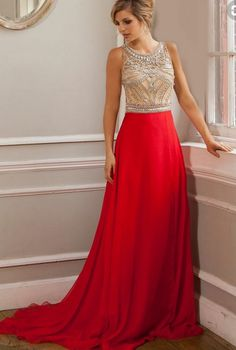 Evening dress beaded with bodice red. #prom #promdress #dress #eveningdress #evening #fashion #love #shopping #art #dress #women #mermaid #SEXY #SexyGirl #PromDresses