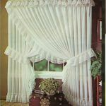 Lovely Princess Curtains Design Ideas For Happy Little Girl - Houses interior designs Ruffle Curtains, Cute Curtains, Curtains And Draperies, Country Curtains, Beautiful Curtains, Vintage Curtains, Valance, Curtain Styles, Curtain Designs