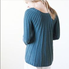 Knitting | Knitting project | Moda | Girl | Pullover | Pullover Sweater | Pullover stricken | Pullover outfit | Pullover nähen | Pullover stricken anleitung | Stricken | Stricken deutsch | Stricken anleitungen | Sweaters | Sweater dress | Sweater outfits | Sweater for fall | Sweater weather | Синий свитер | Navy | Blue