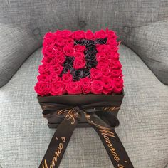 Personalized Preserved Rose Bouquet with Name Letter Initial, Box of Roses that Last a year, Long Lasting Roses for Mothers Day Gift for Her - Modern Flower Box Gift, Flower Boxes, Backyard Wedding Decorations, Birthday Decorations, Rose Bouquet, Bouquet Box, Birthday Goals, Birthday Bouquet, Cute Couples Photos