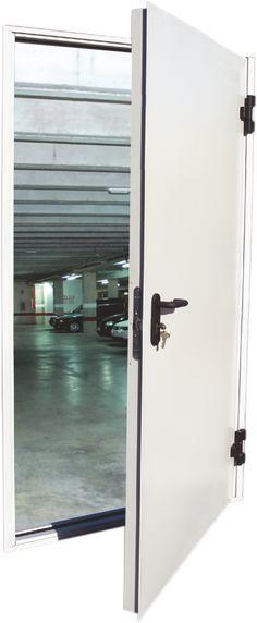 Пожароустойчиви врати в София от Борман Комерс. Метални противопожарни врати на склад, интериорни - на поръчка. Цени на вратите.