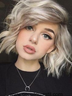 Blonde Ombre mit Dark Roots