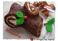 Χριστουγεννιάτικος κορμός έκπληξη συνταγή από Pinakidou Maria - Cookpad Christmas Sweets, Christmas Goodies, Christmas Baking, Christmas Cakes, Greek Sweets, Holiday Recipes, Christmas Recipes, Cake Cookies, No Cook Meals