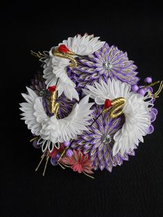 1 million+ Stunning Free Images to Use Anywhere Ribbon Art, Ribbon Crafts, Flower Crafts, Flower Art, Japan Crafts, Kanzashi Tutorial, Kanzashi Flowers, Hair Ornaments, Paper Quilling