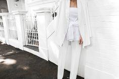 all white street style off duty fashion blogger one top three ways modern legacy farfetch inspo (12 of 13)