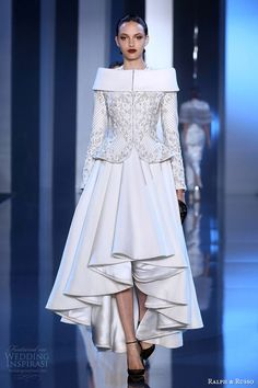 ralph and russo couture fall winter 2014 2015 look 5 white dress sculpted peplum jacket -- Ralph & Russo Fall/Winter Haute Couture Collection Style Haute Couture, Couture Fashion, Runway Fashion, Paris Fashion, Couture 2015, Couture Bridal, Vestidos Fashion, Fashion Dresses, Fashion Week