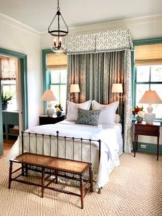 Drooling over this bunk room designed by for this year's Southern Living Idea House in Crane Island, Florida! Quirky Home Decor, Cheap Home Decor, Modern Decor, Br House, Southern Living Homes, Winter Home Decor, Disney Home Decor, Country Farmhouse Decor, Kitchen Country