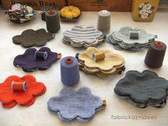 横っちょにピョンっ。タグを入れて仮止めます。お次は表地の色にあったミシン糸を用意して端ミシン。 曲線だらけの雲コースターは、ゆっくり〜 のんびり〜 ミシンでトントントン....っと、縫い進めましょ^^Enjoy Craft !楽し Cute Crafts, Diy And Crafts, Diy Clothes Bag, Fabric Crafts, Sewing Crafts, Craft Projects, Sewing Projects, Tea Coaster, Diy Coasters
