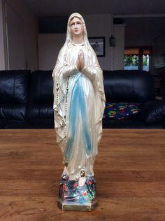 Maria, OLV van Lourdes (Notre Dame des Lourdes), gips, 30 cm.