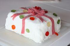 A cake as a present