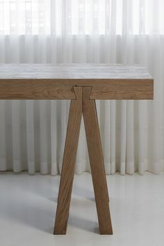 Details we like / Table / Wood / Schwalbenschwanz / Connection / Wood Work ( furniture / at iamadreamer