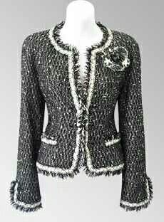 Chanel - Chanel Cardigan - Ideas of Chanel Cardigan - Chanel Chanel Jacket Trims, Chanel Style Jacket, Chanel Couture, Channel Jacket, Mode Chanel, Chanel Chanel, Boucle Jacket, Black Tweed Jacket, Chanel Dress
