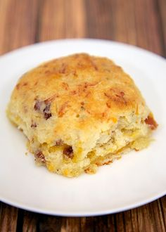 """""""Cracked Out"""" Biscuits - bisquick, sour cream, Ranch, cheddar, bacon and - the best biscuits! The plain biscuits are to die for. Scones, Breakfast Desayunos, Breakfast Recipes, Breakfast Ideas, Breakfast Cooking, Breakfast Dishes, Brunch Ideas, Low Cal, Comida Diy"""