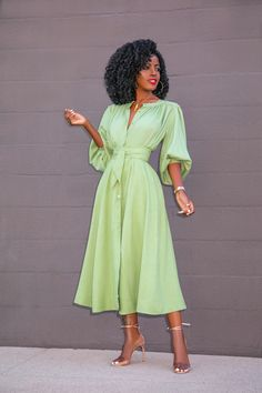 Button-Down Top + Button-Down Midi Skirt – StylePantry Classy Dress, Classy Outfits, Chic Outfits, Fashion Outfits, Elegant Dresses, Pretty Dresses, Casual Dresses, Fashion Line, Modest Fashion