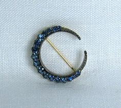 Blue Sapphire Crescent Moon Pin in 18k yellow gold, oxidized sterling and Thailand blue sapphires - custom made jewelry by Asia Gem Connection
