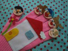おはなしゆび Wooden Board Games, Puppet Show, Preschool Learning, Felt Crafts, Puppets, Baby Dolls, Activities For Kids, Costumes, Booklet