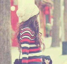 Girl Fashion, Winter Hats, Crochet Hats, Stylish, Profile Pics, Random Stuff, Women, Life, Wallpaper
