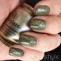 Base colour: China Glaze Uh-oh Roll Down the Window Nail plate: Bundle Monster Stamp colour: China Glaze 2030 Stamping Plates, Nail Stamping, Bundle Monster, Nail Plate, Short Nail Designs, China Glaze, Short Nails, You Nailed It, Nail Ideas