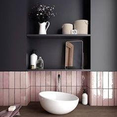 Who else can't get enough of the pink bathroom tiles 😍😍 📷 Bathroom Windows, Wood Bathroom, Grey Bathrooms, Bathroom Colors, Bathroom Flooring, Modern Bathroom, Small Bathroom, Bathroom Ideas, Bathroom Black