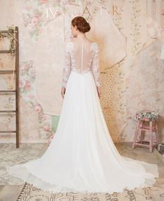 'Through the Flowers' Ivy and Aster's Charming Spring 2016 Bridal Collection
