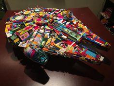for the Millenium Falcon? Lego Mecha, Lego Ucs, Lego Lego, Lego Star Wars, Star Wars Art, Lego Design, Lego Millenium Falcon, Star Wars Spaceships, Lego Ship