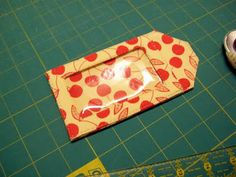 Pamelaquilts: How to Make Luggage Tags by StudioCherie