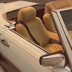 Retro Cars, Vintage Cars, Retro Vintage, Belle Epoque, Mercedez Benz, A Silent Voice, Car Goals, Cute Cars, Mellow Yellow