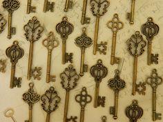 24 Alice in Wonderland skeleton keys van GlowberryCreations op Etsy