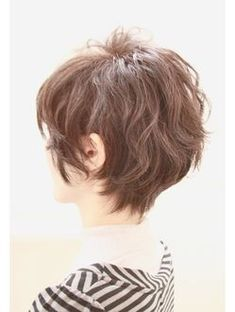 This Short messy pixie haircut hairstyle ideas 40 image is part from 80 Cool Short Messy Pixie Haircut Ideas that Must You Try gallery and article, click read it bellow to see high resolutions quality image and another awesome image ideas. Cool Short Hairstyles, Hairstyles Haircuts, Pretty Hairstyles, Hairstyle Ideas, Choppy Haircuts, Hairstyle Short, Style Hairstyle, Short Curly Hair, Short Hair Cuts