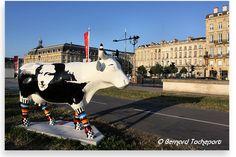 N°20 - Art'n'roll Cowllection - Quai Louis XVIII Artistes Marie Rolland - Propriétaire Laboratoire œnologique Rolland. Bordeaux. 2010