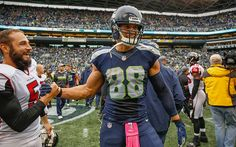 http://media.gettyimages.com/photos/tight-end-jimmy-graham-of-the-seattle-seahawks-is-congratulated-by-picture-id615061198?k=6&m=615061198&s=594x594&w=0&h=oCI03V1DJwH44Jv3C8HIiDHuweiThz0sYtCn-77tD8U=