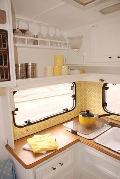 Astounding Camper Design Ideas Interior, As a typical RV, motorhome or caravan is quite just a little space you only need a little sum of the crystals. RV camper has each of the fundamental a. Caravan Interior Makeover, Trailer Interior, Campervan Interior, Camper Makeover, Motorhome Interior, Rv Interior, Yellow Interior, Retro Caravan, Retro Campers