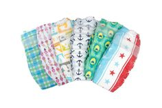 Honest Company eco friendly diapers i mean, just look at those precious patterns. the smartest and cutest choice in disposable diapers. via Honest Company Honest Company Diapers, Honest Diapers, Baby Shower For Men, Baby Shower Gifts, Baby Showers, Kids Clothing Brands List, Clothing Stores, Diaper Brands, Disposable Diapers