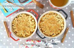 Elmalı Crumble Tarifi - Malzemeler : 100 gr donmuş tereyağı, 1 su bardağı un, 1/2 su bardağı şeker, 6 adet küçük boy elma, 6 silme yemek kaşığı bal, 1 çay kaşığı tarçın.