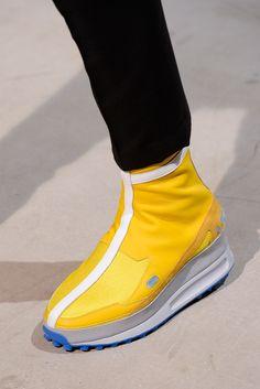 Raf Simons Spring 2014 Menswear Collection Slideshow on Style.com