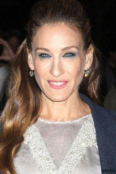 À chacune sa #coiffure: #visage rectangulaire ou oblong. Photo: BANG. #Sarah #Jessica #Parker