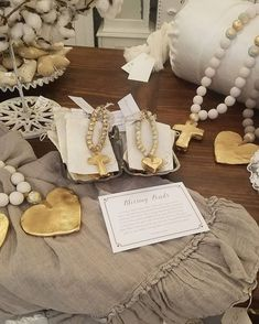 """Bon Bon Vintage pe Instagram: """"Beautiful Blessing Beads Just Arrived. They look great on the corner of the a mirror or chair and make the sweetest gift! #sercy…"""" Agate Necklace, Looks Great, Blessed, Place Card Holders, Xmas Ideas, Mirror, Beads, Sweet, Crafts"""