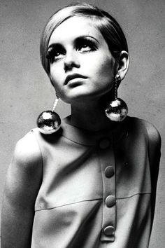 Twiggy's Pixie - Best Hair Styles of the Past - Harper's BAZAAR