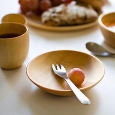 旭川の職人がつくる木のテーブルウェアcaraシリーズ