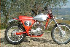 Old School- Kiffin/ Triumph Mx Bikes, Motocross Bikes, Vintage Motocross, Sport Bikes, Desert Sled, Off Road Bikes, British Motorcycles, Bike Rider, Dirtbikes