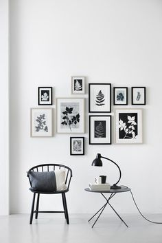 wall decor gallery art / decorar con fotos y cuadros Inspiration Wand, Layout Inspiration, Interior Inspiration, Interior Ideas, Home And Deco, Frames On Wall, Frames Decor, White Frames, Home And Living