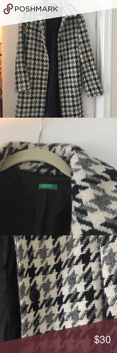 Houndstooth coat with black silk lining. Cute fitted and warm winter coat. Black silk lining. United Colors Of Benetton Jackets & Coats Pea Coats