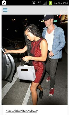 Chris Pine and Zoë Kravitz are back on ~ Hollywood interracial love story. Nakeyia  Riggs 6c6d0825cd4