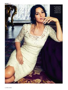 """""""I knew that Monica Bellucci is beautiful, but I still wasn't prepared to what awaited me. Monica Bellucci is not just beautiful. Monica Bellucci Photo, Monica Belluci, Fashion Photo, Fashion Models, Fashion Looks, Fashion Images, Elle Spain, Bond Girls, Italian Beauty"""