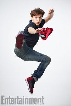 Burger Fiction look back at the cinematic and #TV evolution of iconic #Marvel #Comics #superhero #SpiderMan , from 1967 to #today, to celebrate release of the latest Spider-Man reboot, #SpiderManHomecoming .- 祝・「 #スパイダーマン : ホームカミング」全米公開 ! !、1967年製作の #アニメ から、トム・ホランドのハイスクール・スパイダーマンまでの半世紀におよぶヒーローの進化の足跡を網羅した約12分間のエボリューション・ビデオ - #映画 #エンタメ #セレブ & #テレビ の 情報 ニュース from #CIAMovieNews / CIA こちら映画中央情報局です