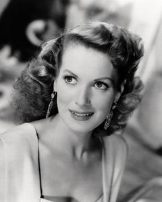 Pictures & Photos of Maureen O'Hara - IMDb--Born: Maureen FitzSimons  August 17, 1920 in Ranelagh, County Dublin, Ireland [now Ranelagh, Dublin, Ireland] Died: October 24, 2015 (age 95) in Boise, Idaho, USA